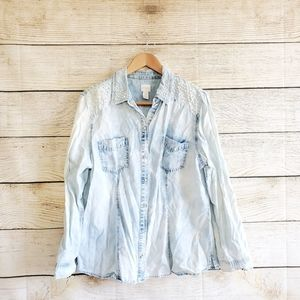 Chicos Acid Wash Button Down Pear Collar Top